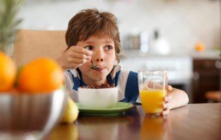 Petit-déjeuner gratuit à l'école